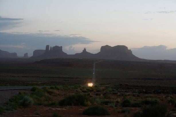 returning to monument valley right at dusk
